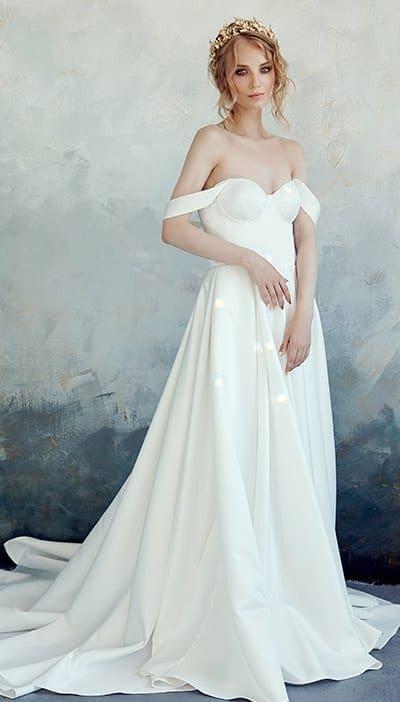 abiti da sposa semplici scivolati